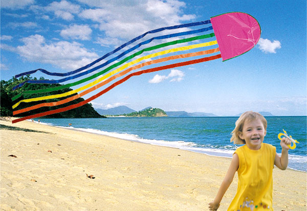 Windspeed kites Australian made Jellyfish kite flying on Trinity Beach in Cairns